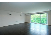 1 Bed Flats And Apartments in South Hampstead property L2L497-2133