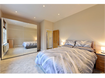 2 Bed Flats And Apartments in Holloway property L2L497-2005