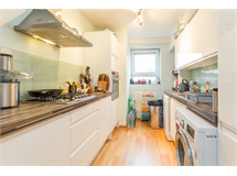 2 Bed Flats And Apartments in Belsize Park property L2L497-2112