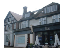 1 Bed Flats And Apartments in Pinner Green property L2L5001-362