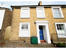 3 Bed House in Kingston Upon Thames property L2L5046-634