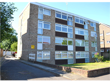 2 Bed Flats And Apartments in Surbiton Hill property L2L5046-639