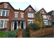 2 Bed Flats And Apartments in Surbiton Hill property L2L5046-646