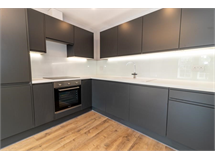 1 Bed Flats And Apartments in Twickenham Park property L2L5112-905