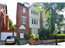2 Bed Flats And Apartments in Turnham Green property L2L5115-819