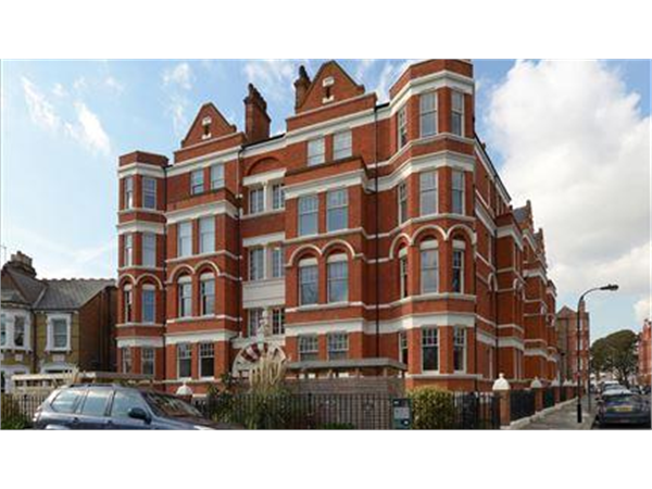 Property & Flats to rent with Featherstone Leigh (Chiswick Sales) L2L5115-479
