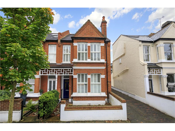 Property & Flats to rent with Featherstone Leigh (Chiswick Sales) L2L5115-429