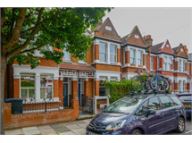 5 Bed House in Acton Green property L2L5115-898