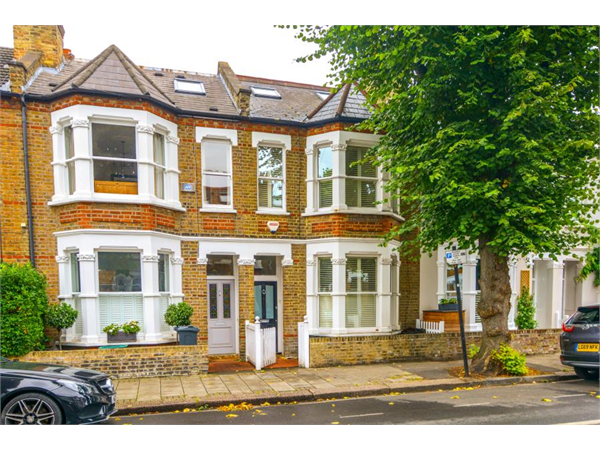 Property & Flats to rent with Featherstone Leigh (Chiswick Sales) L2L5115-893