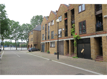 3 Bed House in Surrey Quays property L2L5206-1985