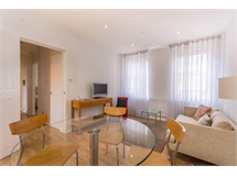 2 Bed Flats And Apartments in Fitzrovia property L2L544-1673