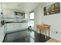 3 Bed Flats And Apartments in De Beauvoir Town property L2L5510-619