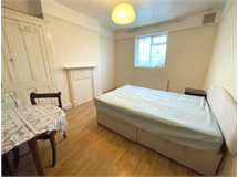 1 Bed Student in Addiscombe property L2L5590-1690