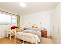 2 Bed Flats And Apartments in Chipping Barnet property L2L5615-660