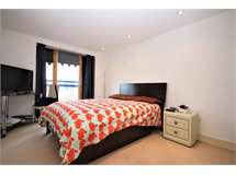 2 Bed Flats And Apartments in Millwall property L2L5625-912
