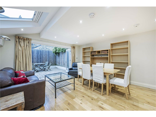 Property & Flats to rent with Aspire - Fulham South L2L5693-697