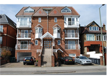2 Bed Flats And Apartments in Hendon property L2L570-375