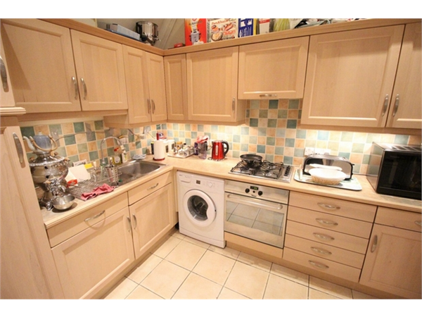 Property & Flats to rent with ABC Estates Ltd (Edgware) L2L570-2631