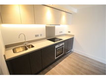 1 Bed Flats And Apartments in Edgware property L2L570-673