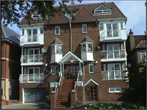 2 Bed Flats And Apartments in Hendon property L2L570-862