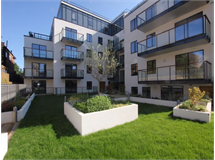 3 Bed Flats And Apartments in Hendon property L2L570-1299