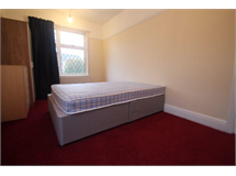 1 Bed Flatshare in Wood End property L2L5701-547