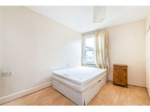 4 Bed Flats And Apartments in Strawberry Hill property L2L5738-1220