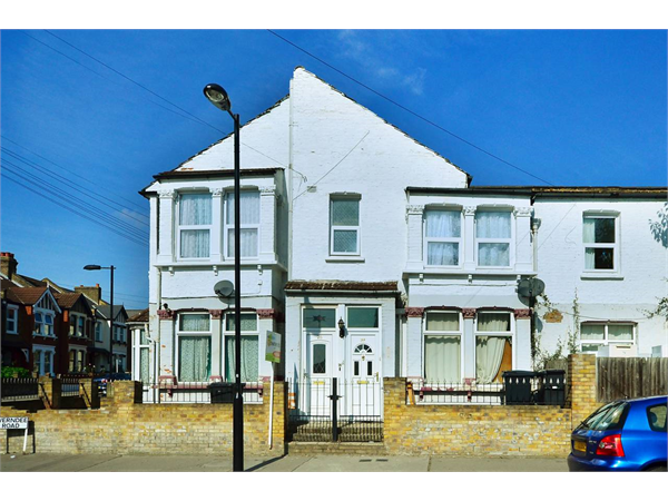 Property & Flats to rent with Foxtons Crystal Palace L2L5739-1290