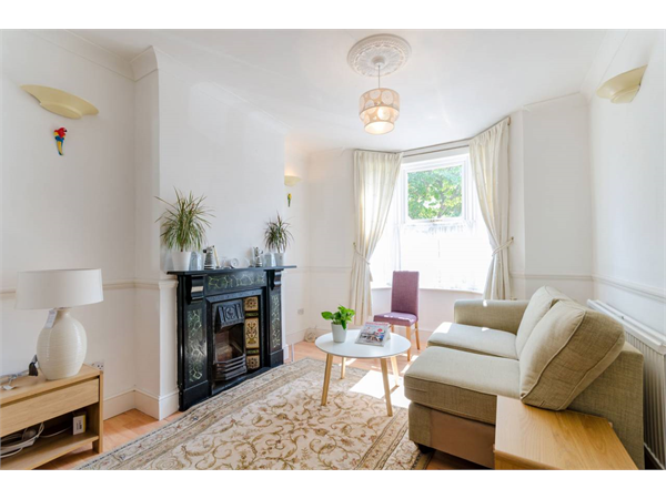 Property & Flats to rent with Foxtons Crystal Palace L2L5739-1456