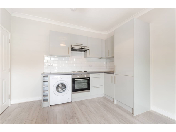 Property & Flats to rent with Foxtons Crystal Palace L2L5739-1574