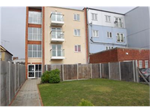 1 Bed Flats And Apartments in Romford property L2L5786-528