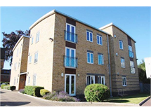 2 Bed Flats And Apartments in Romford property L2L5786-703