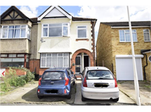 2 Bed Flats And Apartments in Romford property L2L5786-712