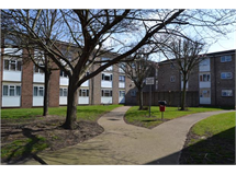 2 Bed Flats And Apartments in Romford property L2L5786-490