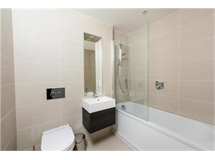 1 Bed Flats And Apartments in Romford property L2L5786-502