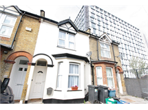 2 Bed House in East Croydon property L2L5947-1716