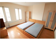 3 Bed Flats And Apartments in East Croydon property L2L5947-1065