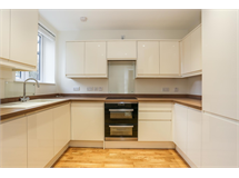2 Bed Flats And Apartments in Selsdon Parade property L2L5947-1083