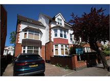 3 Bed Flats And Apartments in East Croydon property L2L5947-1176