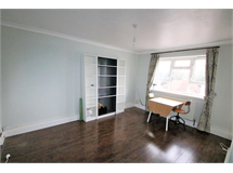 2 Bed Flats And Apartments in East Croydon property L2L5947-1292