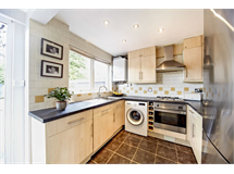 3 Bed Flats And Apartments in South Croydon property L2L5947-1359