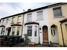 3 Bed Flats And Apartments in Selsdon Parade property L2L5947-1371