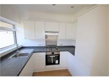 3 Bed House in Thornton Heath property L2L5947-1375