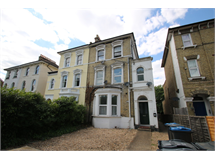 2 Bed Flats And Apartments in Woodside property L2L5947-1712