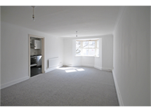 2 Bed Flats And Apartments in Vauxhall property L2L595-880
