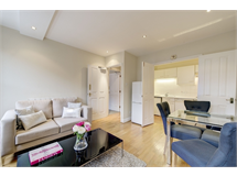 1 Bed Flats And Apartments in Fitzrovia property L2L595-898