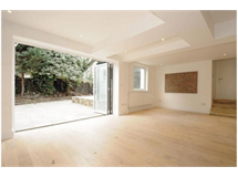 4 Bed Flats And Apartments in Camden Town property L2L595-1034