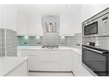 4 Bed Flats And Apartments in Knightsbridge property L2L5992-100