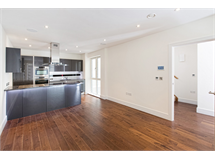 2 Bed House in West Brompton property L2L5992-953