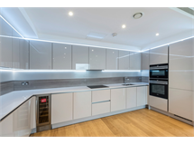 3 Bed Flats And Apartments in West Kensington property L2L5992-1101